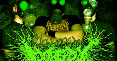 Gorepot-promophoto-2011-withlogo-02-feat